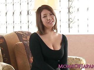 Mature japanese mommy toyed and throatfucked